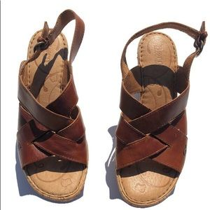 Born Brown Leather Wedge Sandals Size 9